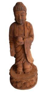 Buda de pie