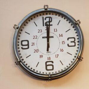 Reloj Station