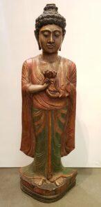 Buda de pie 100